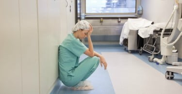 Burnout: 87% dos profissionais de saúde sentem-se exaustos