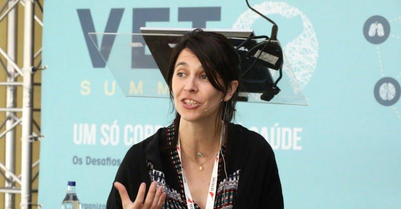 Coralie Bertolani - Veterinária Atual