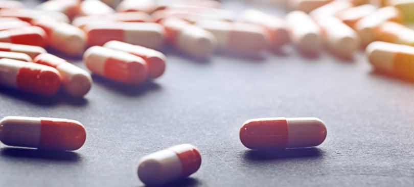 """Antimicrobianos devem ser vistos """"armas para tratar doenças e não formas de disfarçar más-práticas"""", diz bastonário"""