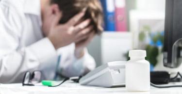 Burnout: a doença profissional que está a colocar os veterinários em risco