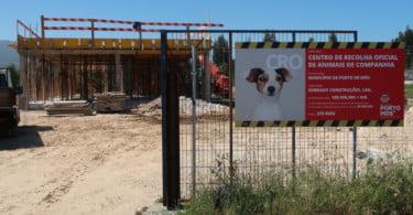 Centro de Recolha Oficial de Animais de Companhia de Porto de Mós já está em construção