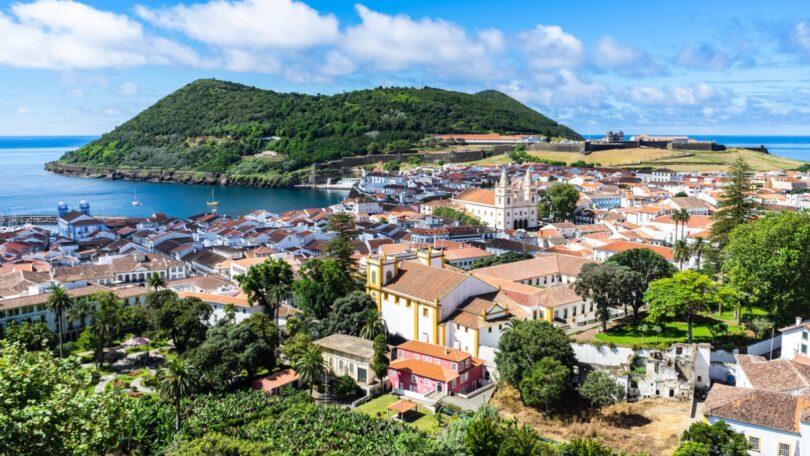 O Laboratório Regional de Veterinária (LRV), laboratório para a Região Autónoma dos Açores, realizou um total de 1,207.899 análises em 2020.
